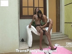 Luana&Claudio shemale pantyhose action